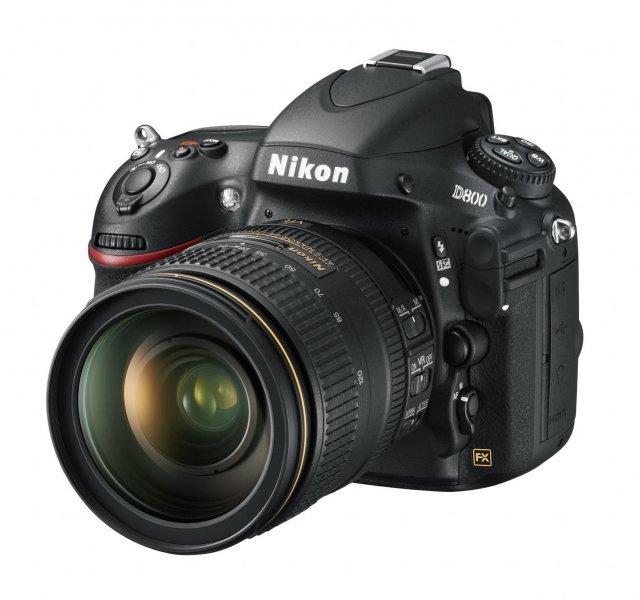 Nikon D800 - nastartuje honbu za megapixely?