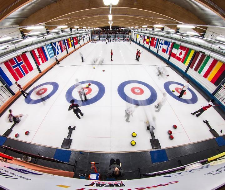 ME juniorů v curlingu