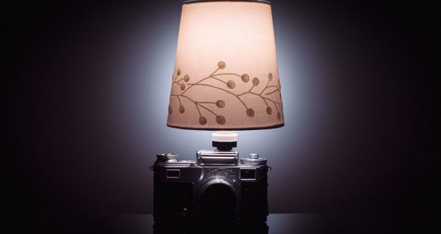 Fotoaparát jako stolní lampička