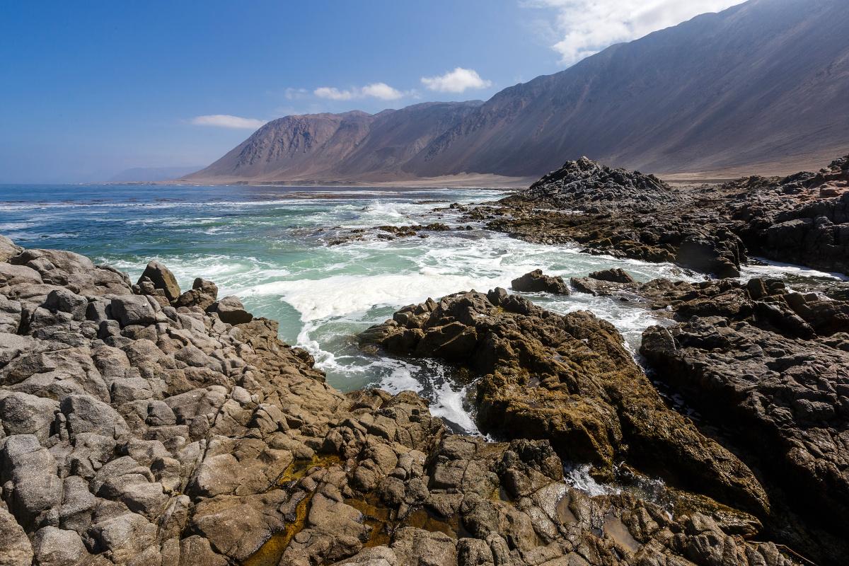 Přesun probíhá po silnici č. 1 podél pobřeží Pacifiku s krásnými výhledy