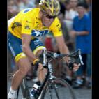 Cyklistické závody na Václaváku s účastí Lance Armstronga. Pamatuji se, že jsem je téměř celé nafotil z novinářské tribuny a podle toho to také vypadalo.