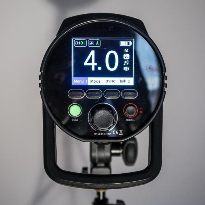 Recenze: studiový bateriový blesk Photon Europe HD 610