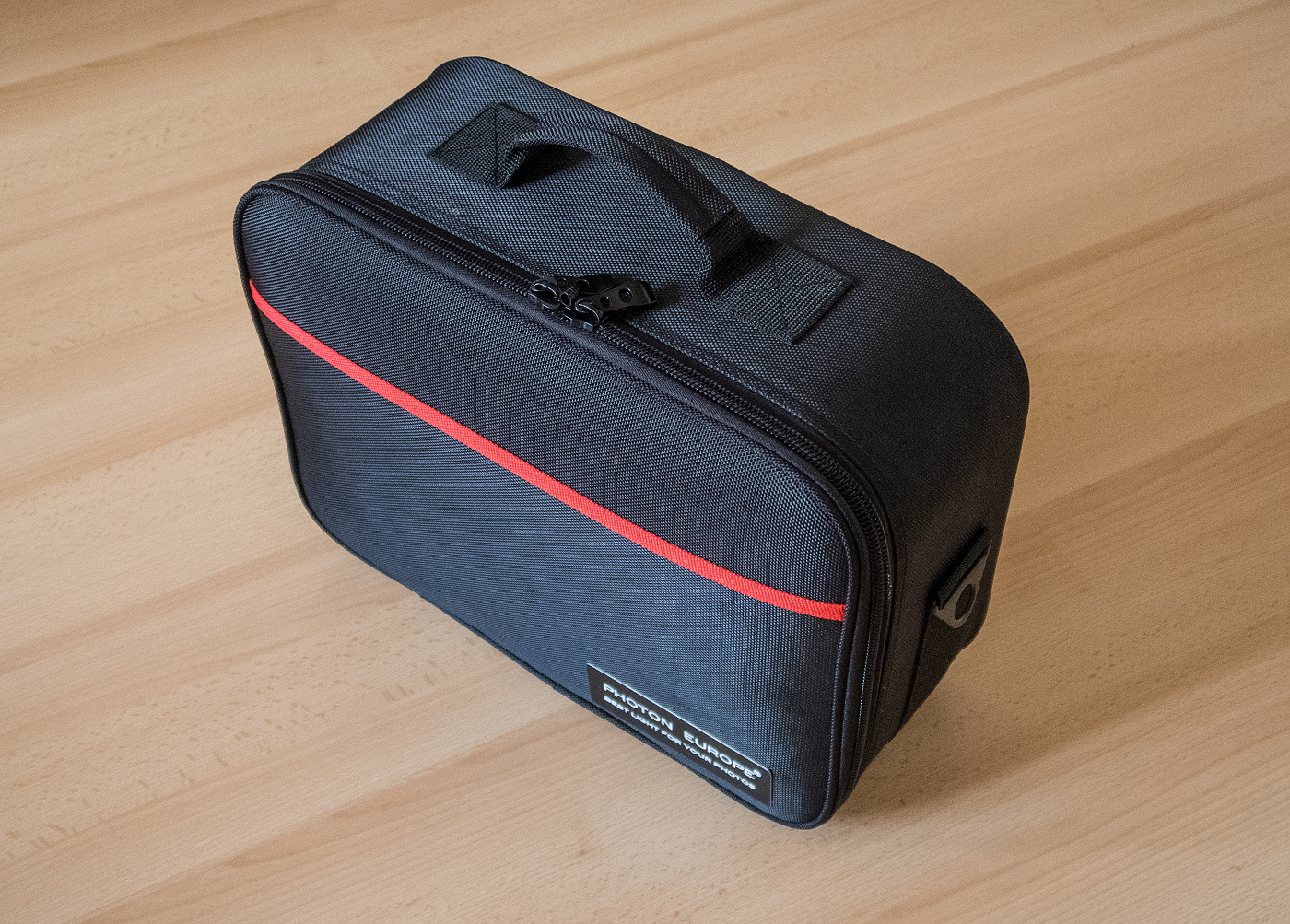 Kufřík, ve kterém blesk obdržíte