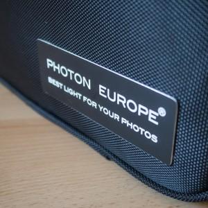 Detail štítku na kufříku